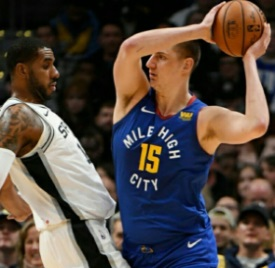 Nuggets defeat the Spurs at Home